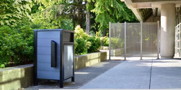 Wishbone-Urban-Form-Waste-Receptacle-with-Urban-Form-Ashtray-for-the-City-of-Surrey-(1)